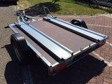 Stema STLP850 850kg motortrailer met afmeting 216x159cm_