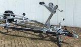 Boottrailer 603cm - 1300kg - geremd - enkelas_