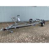 Boottrailer 655cm - 1800kg - geremd - enkelas_