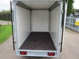 Henra gesloten aanhangwagen 265x158cm - 2700kg - dubbelas- _