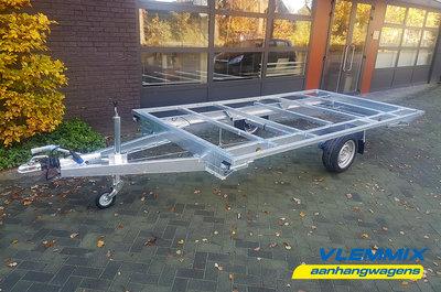 Tiny House enkelas trailer met platform afmeting 395x201cm en 1500kg as.