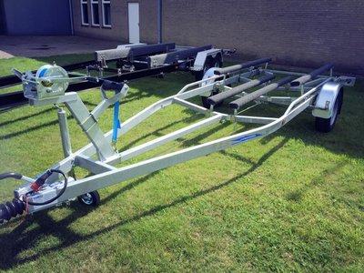 Ski boottrailer - 600cm lengte en 1800kg geremd