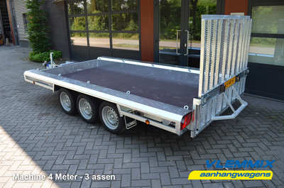 W. Vlemmix Machinetransporter 400x180cm 3500kg drieasser [3x 1500kg]