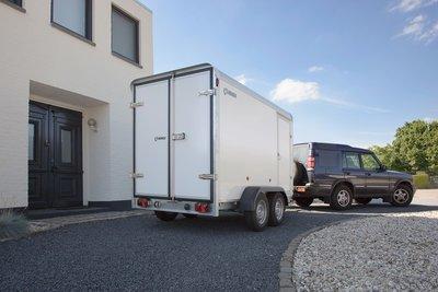 Henra Gesloten aanhangwagen - 315x158x160cm - 2700kg - sandwich panelen