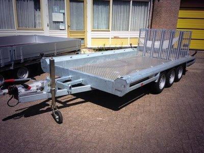 Hulco Machinetransporte 394x180cm 3500kg drieasser - klep 150cm