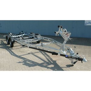 Boottrailer 745cm - 2000kg - geremd - dubbelas