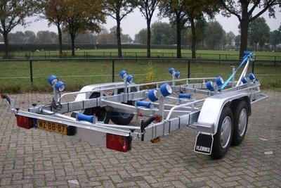 Type F - Boottrailer 700x220cm 2700kg